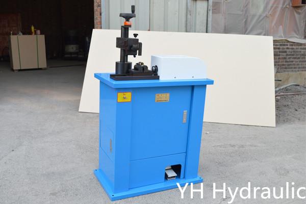 Hydraulický značkovací stroj